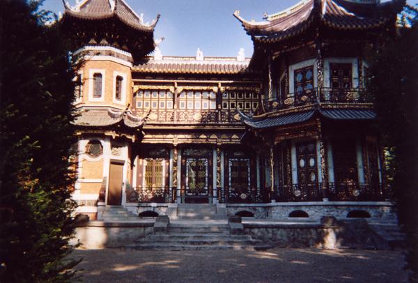 http://tenkai.hen.free.fr/forum/img/uploads/voyages/pavillon-chinois-1.jpg