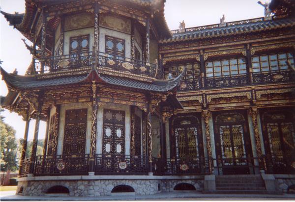 http://tenkai.hen.free.fr/forum/img/uploads/voyages/pavillon-chinois-2.jpg